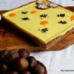 Crostata di castagne con crema al quark e salsa di loti