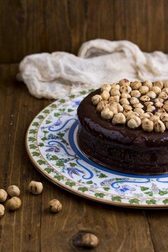 torta di nutella con nocciole