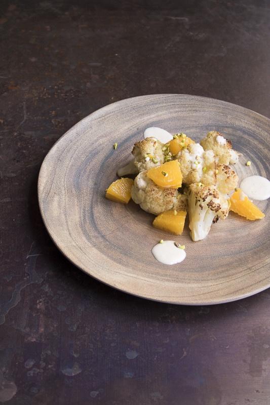 Cavolfiore arrosto con salsina e arancia